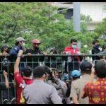 Buntut Pengesahan RUU Omnibus Law: Tuai Protes hingga Turun Aksi